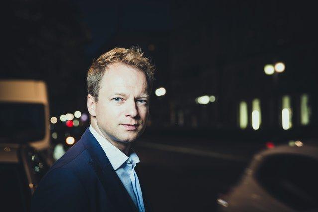 """Maciej Stuhr tłumaczy, dlaczego walczy. """"Mam wewnętrzny imperatyw."""