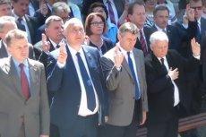 Kaczyński i inni byli w niedzielę w Strachocinie, oficjalnie na posiedzeniu klubu, nieoficjalnie na pielgrzymce.