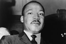 Martin Luther King miał mieć romans z 40 kobietami. Sensacyjne dokumenty ujawnił twórca biografii pastora.