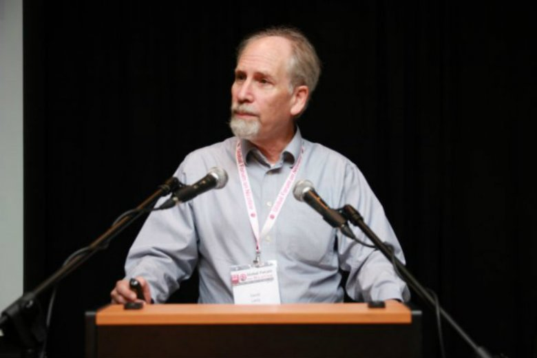 Prof. David Levy podczas prelekcji na Global Forum of Nicotine