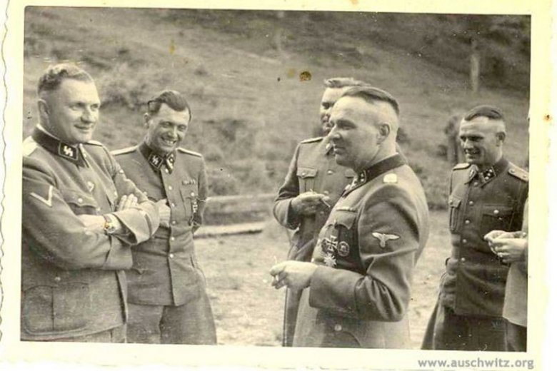Richard Baer, Josef Mengele i Rudolf Hoess. Międzybrodzie Bialskie, ośrodek wypoczynkowy SS, 1944 r.