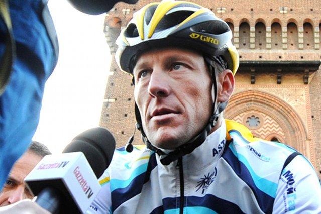 """Odtwórca roli Lance'a Armstronga zażywał doping, by przygotować się do roli. """"Zrobiłem to na własną odpowiedzialność"""""""