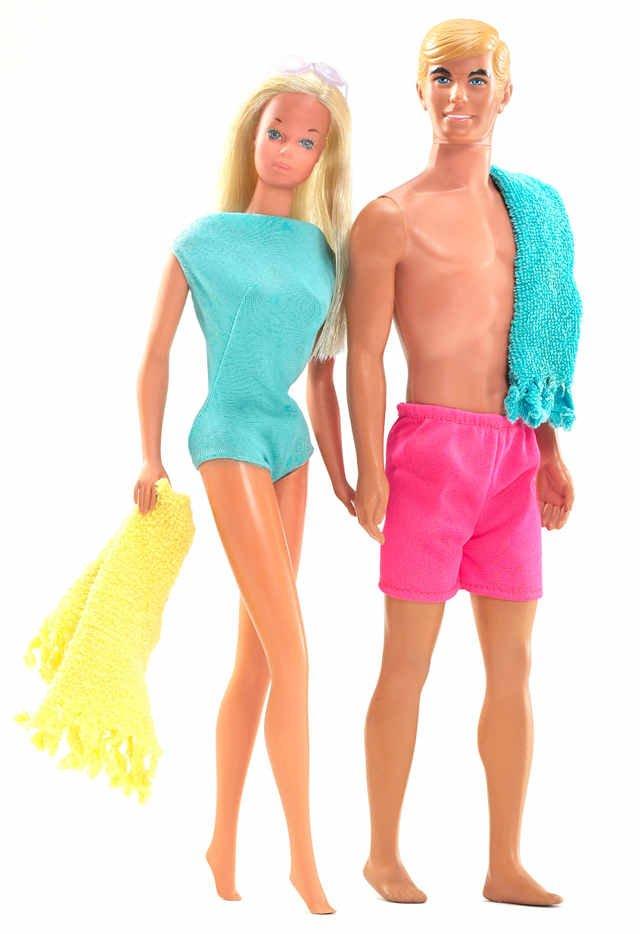 """Malibu Barbie"" i Ken, lalki z 1971 roku"