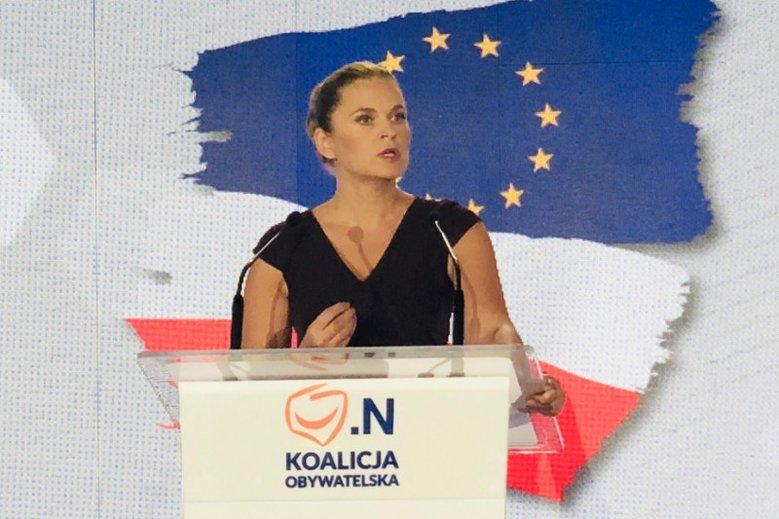 Barbara Nowacka nie popiera decyzji o zakazie Marszu Niepodległości.