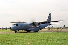 Samolot CASA 295M pokazach w 2005 r., trzy lata przed CFIT-em.