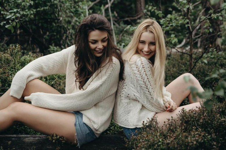 Ania i Monika od kilku lat prowadzą bloga PiggyPeg, na którym m.in. analizują skład kosmetyków