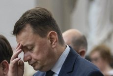 Mariusz Błaszczak musiał przełknąć gorzką pigułkę przygotowaną przez Brudzińskiego i Morawieckiego. Chodzi o wygraną w wyborach.