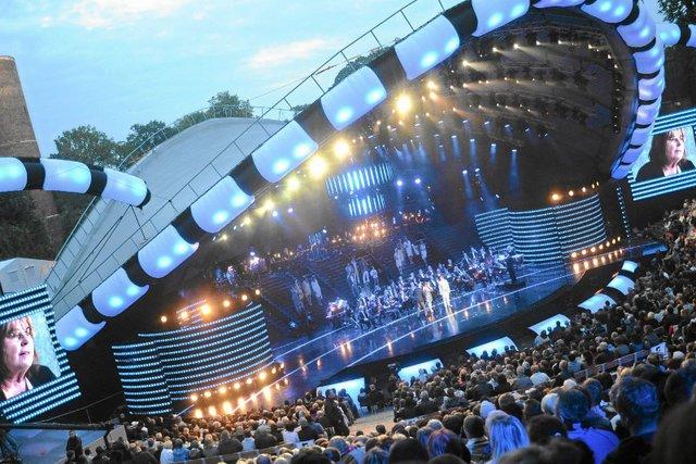 Wciąż nie wiadomo, kto wystąpi w Opolu we wrześniu.