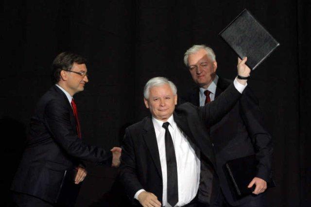 Jarosław Kaczyński zostawił Zbigniewa Ziobrę i Jarosława Gowina bez pieniędzy.