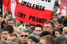 Joanna Lichocka i Maria Dłużewska przekazały nagrodę SDP na film o Smoleńsku – poinformował Marek Magierowski. Zdjęcie jest tylko ilustracją do tekstu.