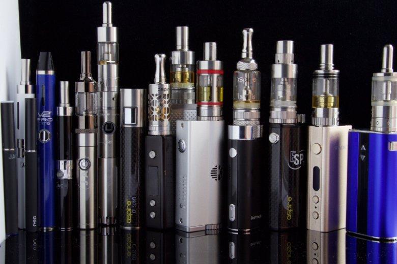 Elektroniczne papierosy to zdaniem ich obrońców znacznie zdrowsze rozwiązanie dla palaczy tytoniu
