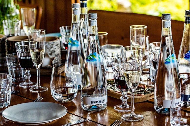 Żywiec Zdrój w szklanych butelkach powstał przede wszystkim z myślą o gościach restauracji i hoteli w całej Polsce