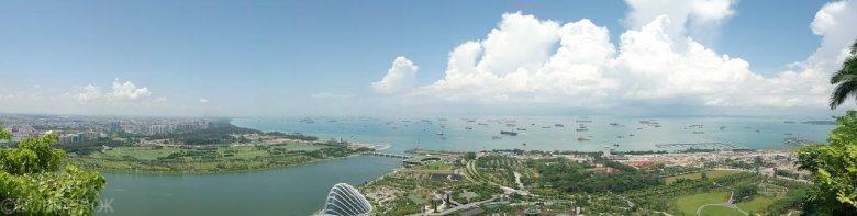 Statki oczekujące na wejście do portu, Singapur