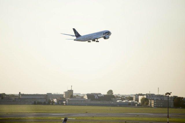 Polski samolot musiał awaryjnie lądować w Sofii.