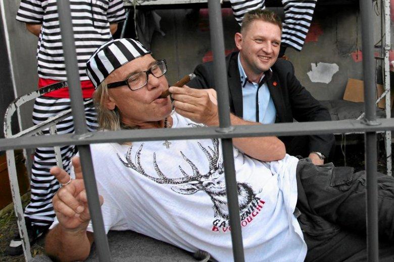 Kamil Sipowicz przypomina Donaldowi Tuskowi, że palił marihuanę