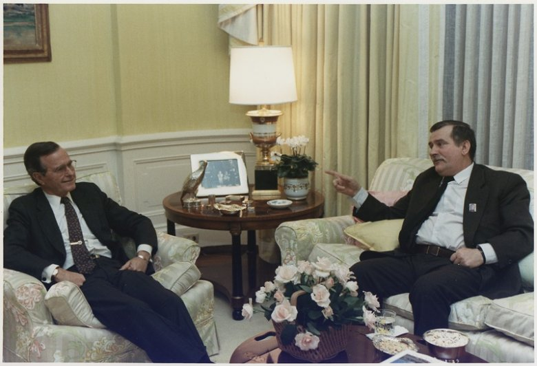 President Bush meets privately with Solidarity Leader Lech Walesa of Poland in the residence