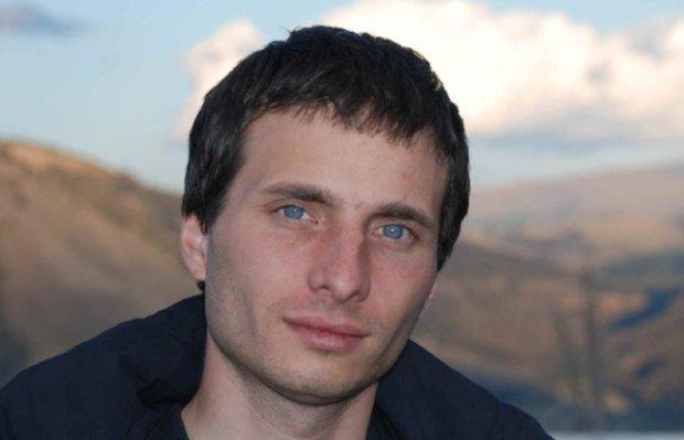 Dr Piotr Sułkowski