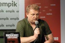 Amnesty International apeluje o pisanie listów do Zbigniewa Ziobry w obronie Tomasza Piątka, autora książki o rosyjskich powiązaniach Antoniego Macierewicza.
