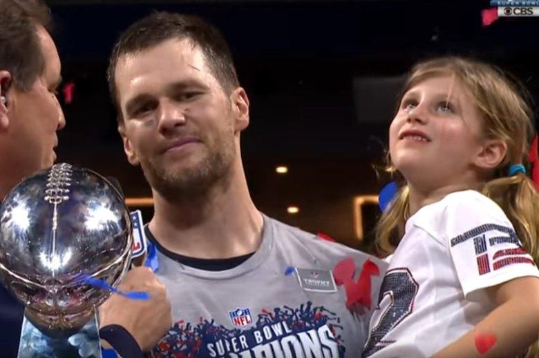 Tom Brady podczas ceremonii wręczenia nagrody dla New England Patriots.