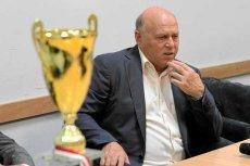 Grzegorz Lato, prezes PZPN, podczas konferencji prasowej w siedzibie Olsztyńskiego Związku Piłki Nożnej