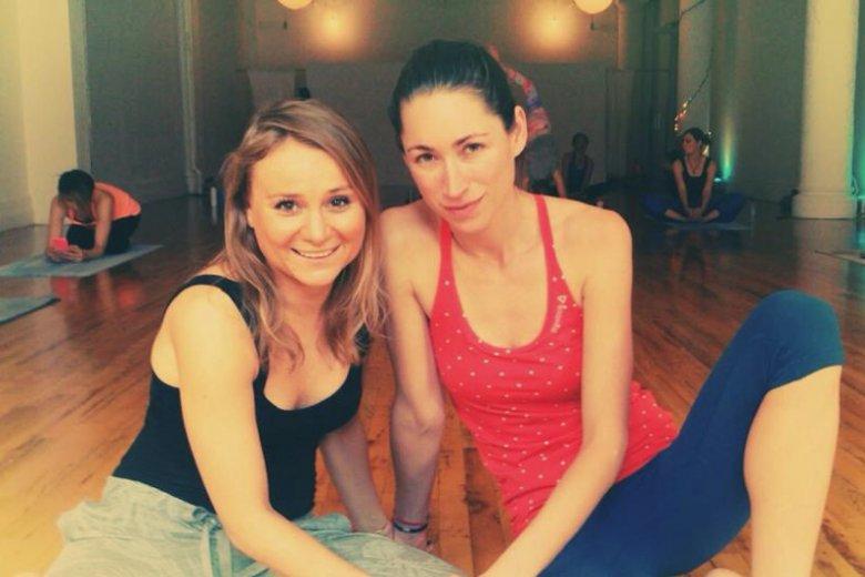 Strefę Yoga na festiwalu poprowadzi Karolina Erdmann, założycielka szkoły uczącej nowojorskiej odmiany jogi zwanej Strala Yoga