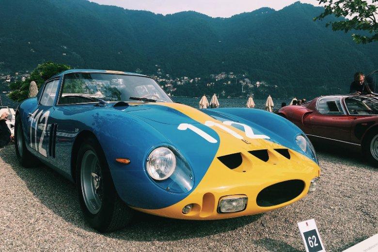 Ferrari 250 GTO w nietypowych kolorach.