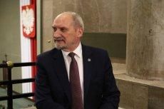 """""""Fakt"""": Macierewicz po odwołaniu z MON ma zostać marszałkiem Sejmu"""