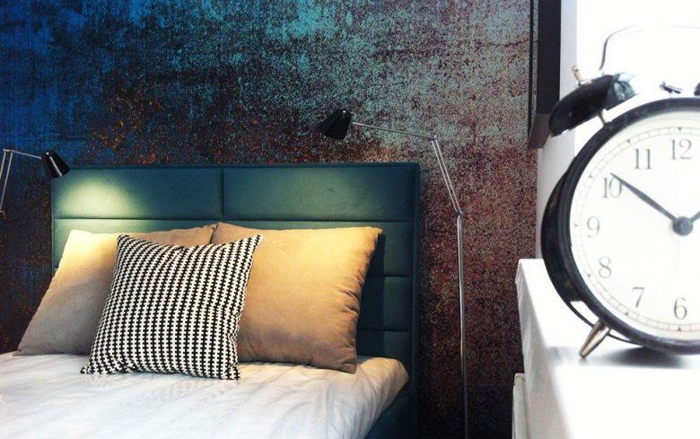 Tak może wyglądać sypialnia, na którą wcale nie trzeba wydać dużych pieniędzy.