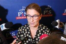 Beata Mazurek zapowiedziała – jeśli nie będzie przeszkód formalno-prawnych – poparcie projektu ustawy autorstwa PO o jawności zarobków w Narodowym Banku Polskim.