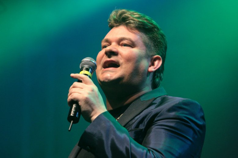 Czasy końca obciachu – czyli jak disco-polo wkroczyło na salony, a Zenek Martyniuk stał się gwiazdą Sylwestra w TVP
