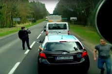 Film z kierowcą ciężarówki dającym lekcję osobom wyrzucającym śmieci podbija sieć.