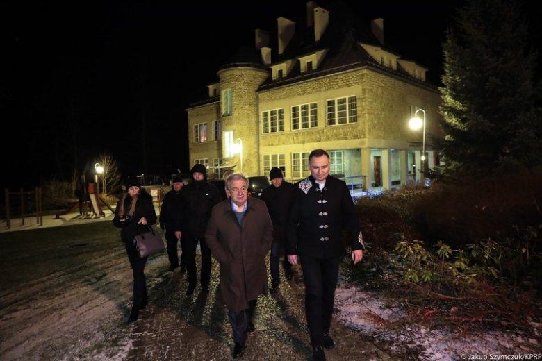 Stylizacja Andrzeja Dudy wzbudziła skrajne emocje. Niektórzy chwalą go za oryginalność, inni wybór uważają raczej za nietrafiony