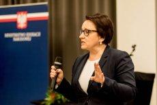 Anna Zalewska w ogniu krytyki po wypowiedzi o pogromach w Jedwabnem i Kielcach.