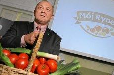 Polska musi zapłacić 55 mln euro kary za nieodpowiednie wydatkowanie funduszy dla producentów warzyw i owoców. Decyzję tą podjęła Komisja Europejska.