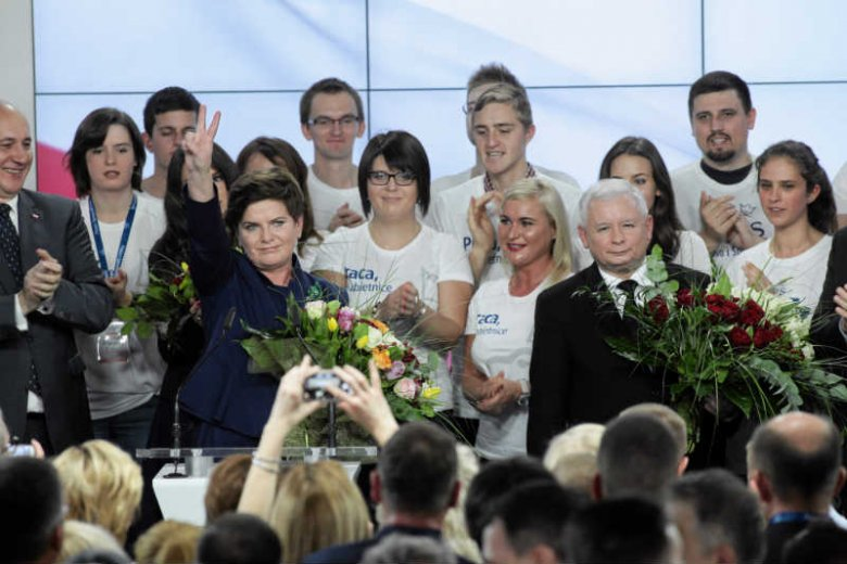 """Polacy wybrali PiS, ale nie ten PiS. Dlatego Kaczyński nie ma prawa uzasadniać wszystkiego """"wolą narodu"""" i """"mandatem społecznym""""."""