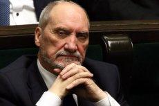 Antoni Macierewicz agentem Kremla? Tomasz Siemoniak stawia odważną tezę o prawdziwych przyczynach dymisji szefa MON.