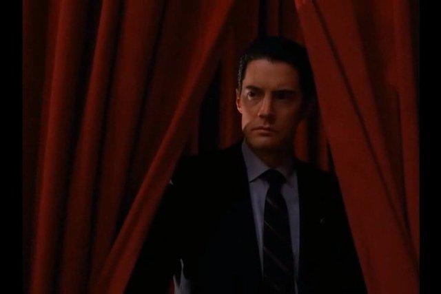 """""""Miasteczko Twin Peaks"""" wraca! Potwierdziły się spekulacje o nowej serii kultowej produkcji reżyserowanej przez Davida Lyncha."""
