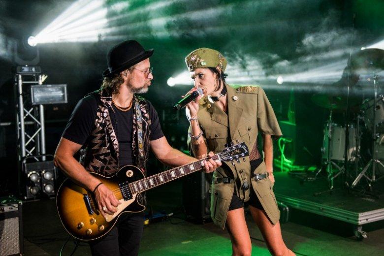 Złoty Maanam razem z wokalistką Karoliną Leszko