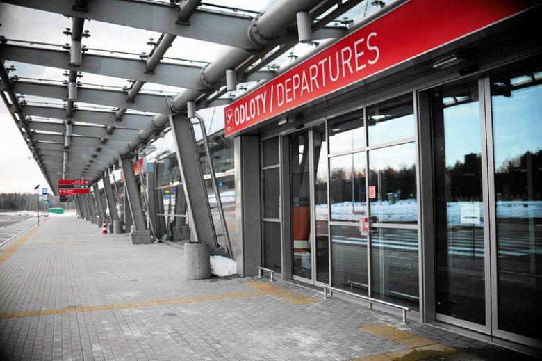 Lotnisko w Modlinie już otwarte.