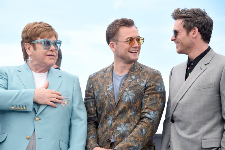 Film był pokazywany na festiwalu w Cannes. Od lewej: Sir Elton John, Taron Egerton i Richard Madden