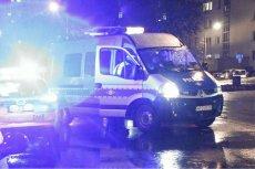 18-latek wyskoczył z 18. piętra wieżowca przy ul. Świętokrzyskiej w Warszawie. Zginął na miejscu.