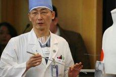 Lekarz operujący północnokoreańskiego żołnierza przyznał, że nigdy w życiu nie widział tak długich pasożytów.