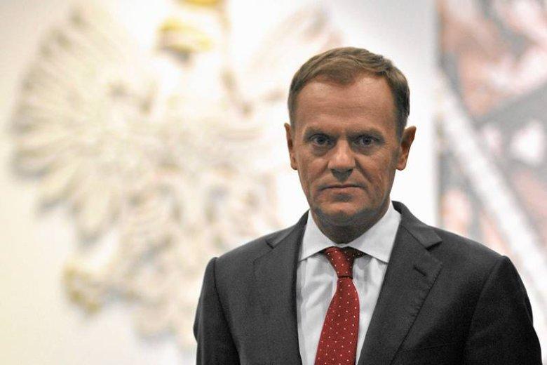 Donald Tusk powinien zarabiać więcej?