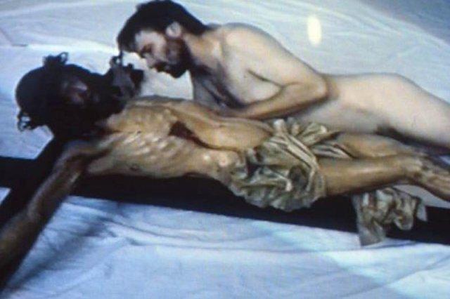 """Jacek Markiewicz, 1993, kadr z filmu """"Adoracja  Chrystusa"""""""