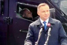 Prezydent Andrzej Duda odniósł się do zachowania żołnierza, który spał za jego placami podczas defilady z okazji 3 maja.