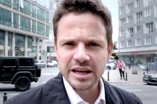 Rafał Trzaskowski przypomniał wypowiedź Patryka Jakiego na temat szczepień.