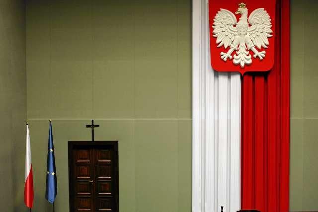 Krzyż w sali Sejmu nie dla wszystkich ateistów jest ważnym tematem