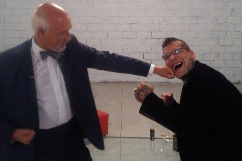 Janusz Korwin-Mikke i Popek zaprezentują się na festynie w Częstochowie.