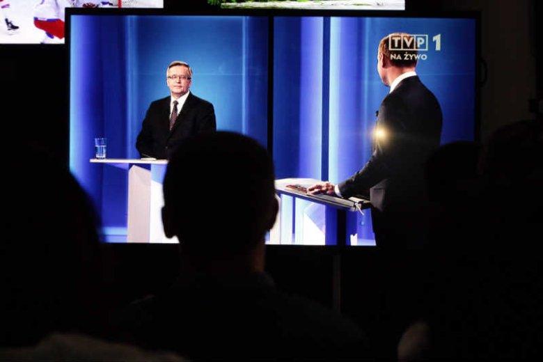 Kandydaci obiecali ujawnienie umów zawieranych przez ich sztaby.