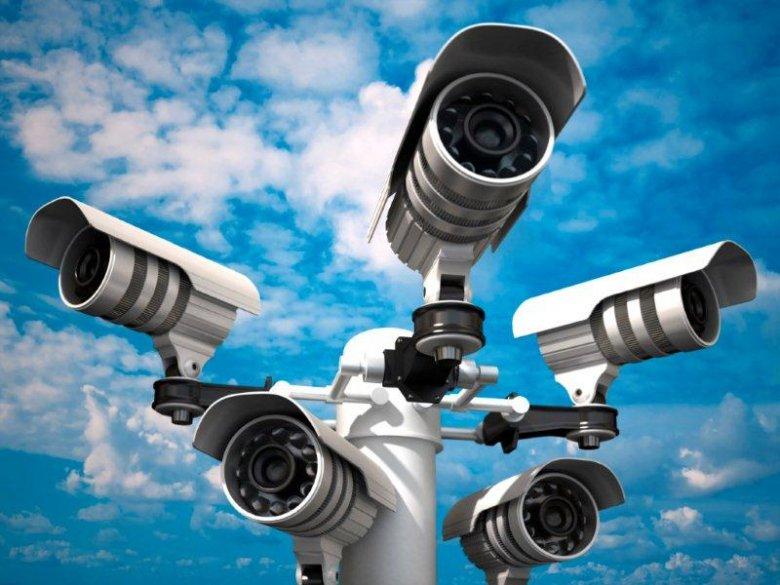Kamer monitoringu wizyjnego jest coraz więcej.